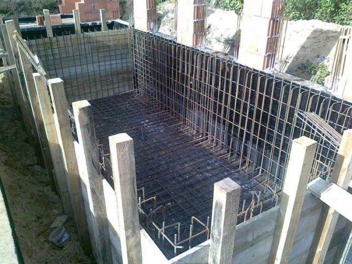 Строительство опалубки бассейна