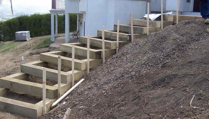 Пример опалубки для строительства лестницы