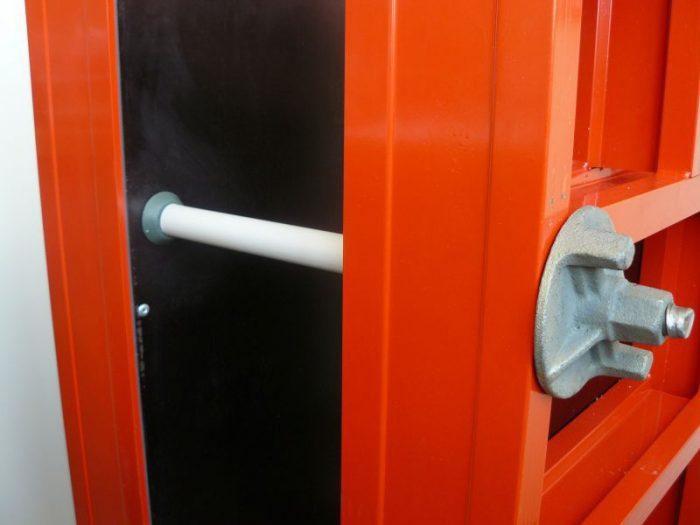 Использование ПВХ трубок при монтаже щитовой опалубки